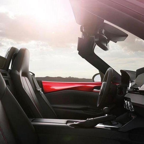 MazdaMX5-1